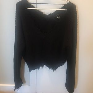 Forever 21 Sweaters - Forever21 Cropped Shark-bite Trim Sweater